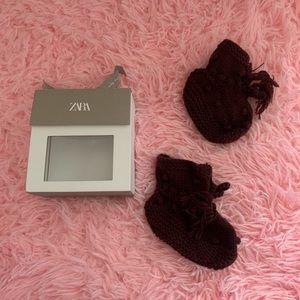 Zara knit boots for newborn